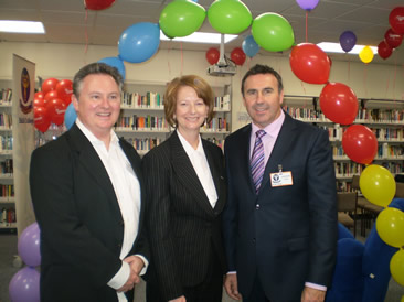 Michael Wagner, Julia Gillard and Mike Larkham at the MS Readathon